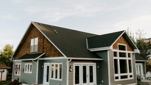 GAF Timberline HD Architectural Shingles in Charcoal on Residential Roof